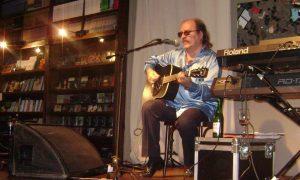 Litto Nebbia - Guitarra