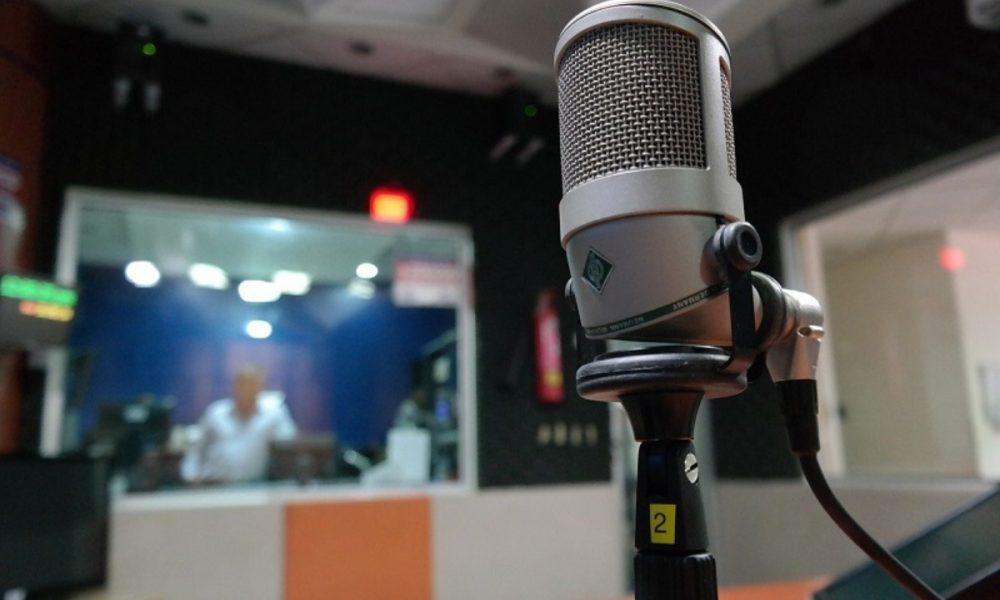 Radio - Estudio De Radio