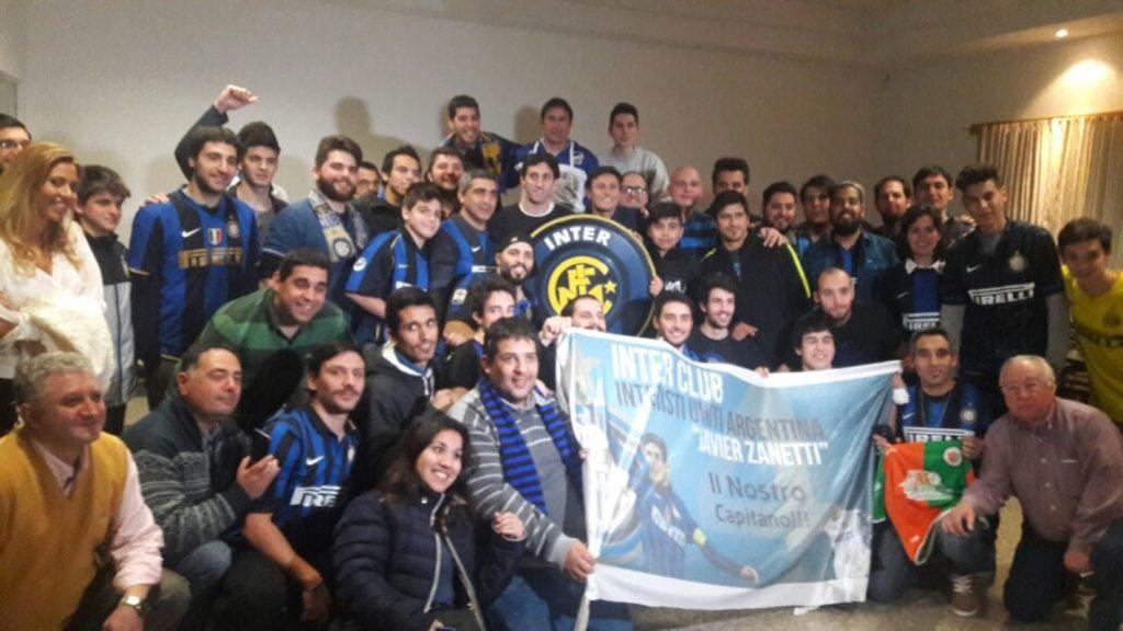 Inter Club Argentina Con Milito Y Zanetti