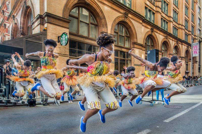danza - Desfile