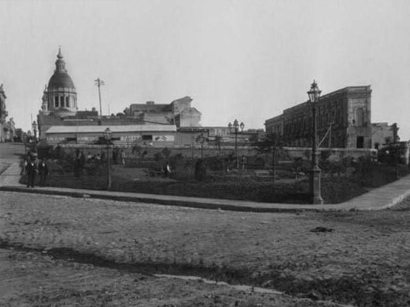 El Día de la Bandera y la inauguración del Monumento - Plaza