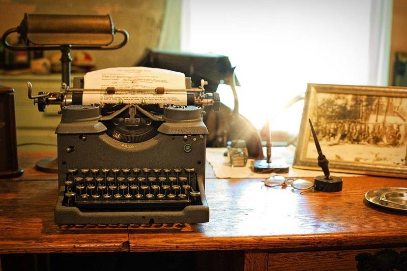 Emma de la Barra - Maquina De Escribir