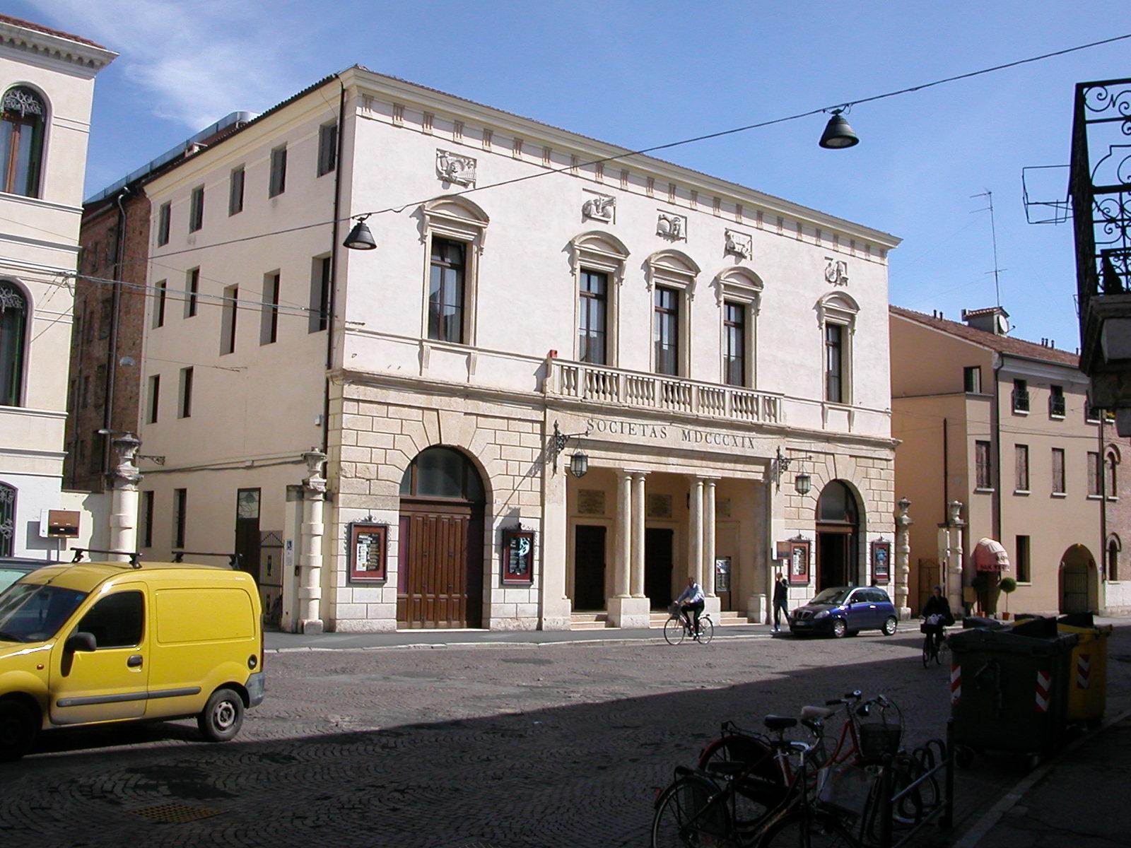 Rovigo ed il teatro sociale