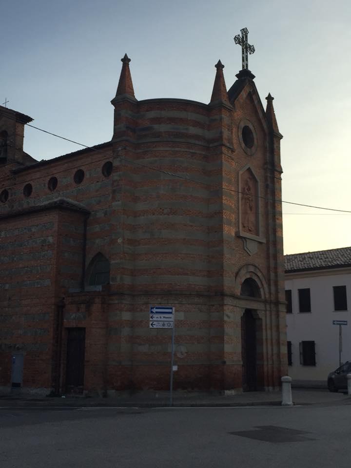 La chiesetta delle fosse
