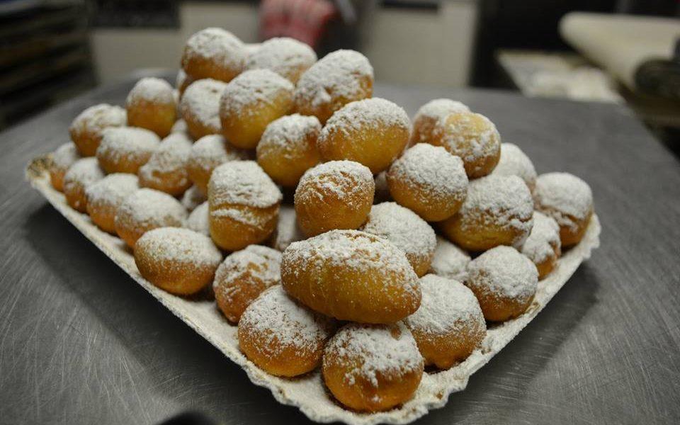 Favetti Di Carnevale In Primo Piano, Ph Facebook Panificio Barbieri Panetteria&pasticceria