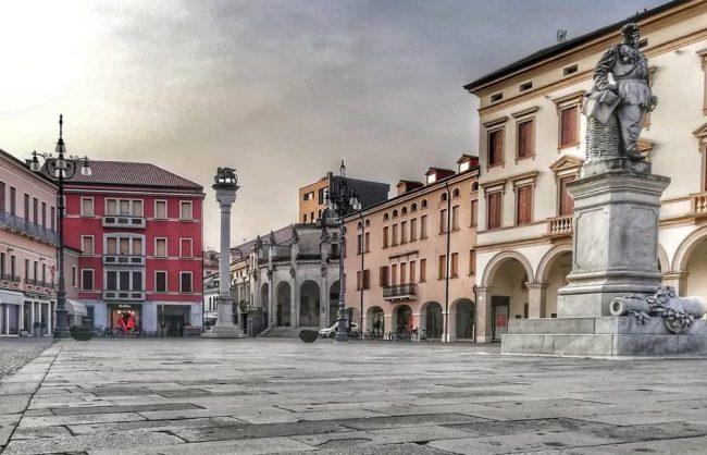 Piazza Vittorio Loggianotari1
