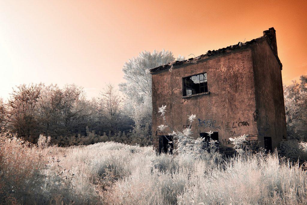 Paesaggio del Delta del Po agli infrarossi: foto di Matteo Barbon