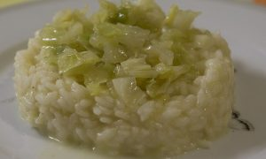Il risotto cappuccia con insalata Lusia IGP