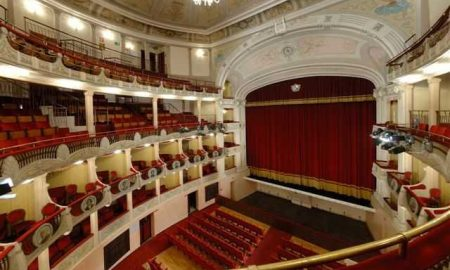 L'interno del Teatro sociale