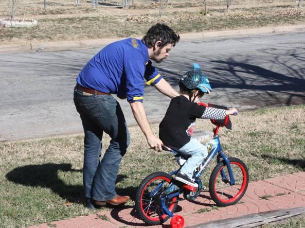 Promuovere la sostenibilità urbana, questo obiettivo ha bimbi in bici
