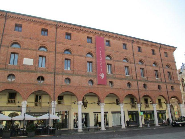 Il palazzo dei Roverella. famiglia importante durante la dominazione estense