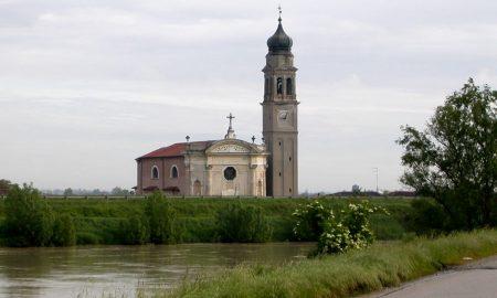La chiesa di Boara Pisani, parte del percorso Rovigo, la campagna e l'argine dell'Adige