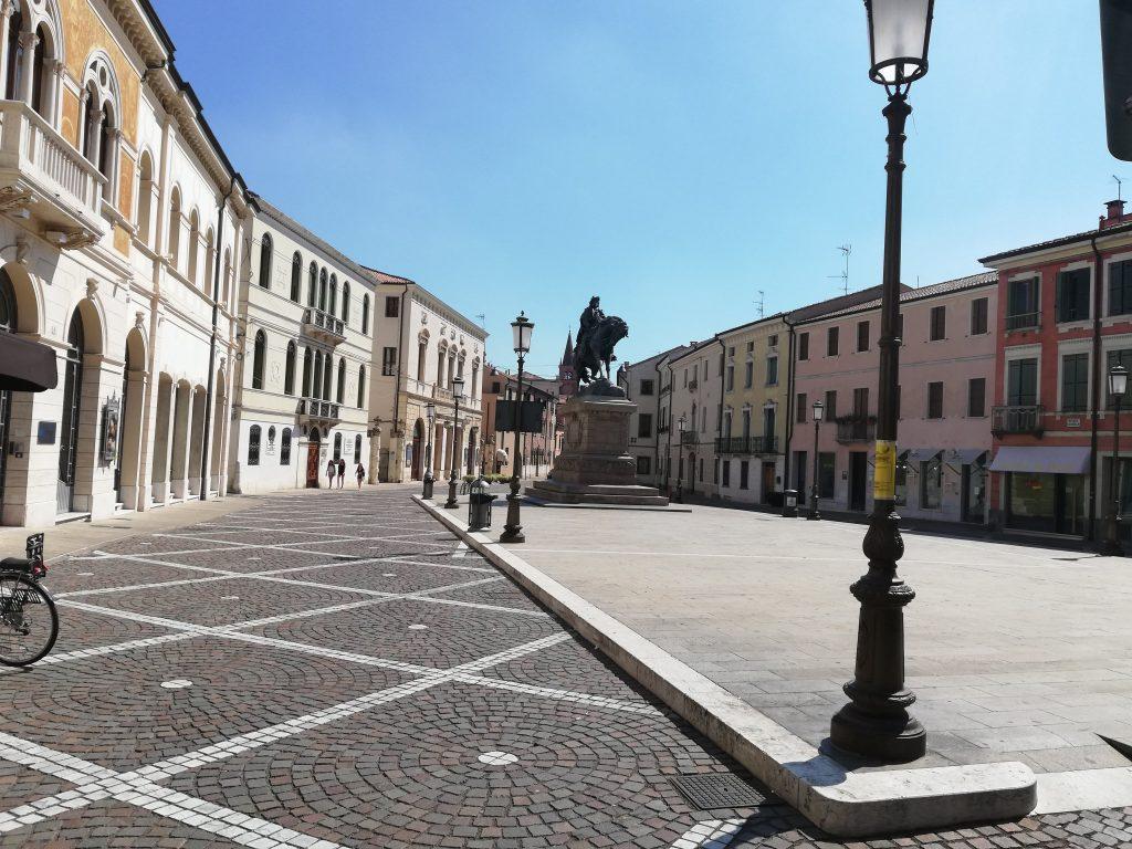 La statua di Garibaldi