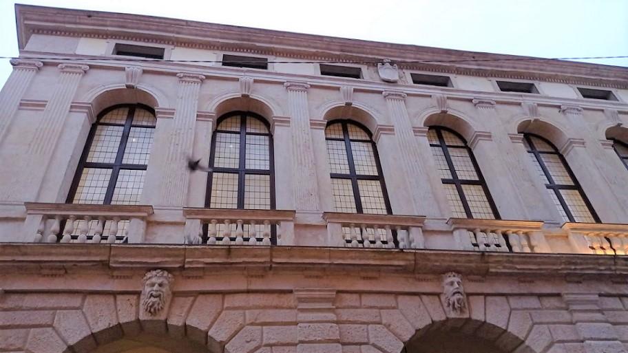 Dettaglio Palazzo Roncale