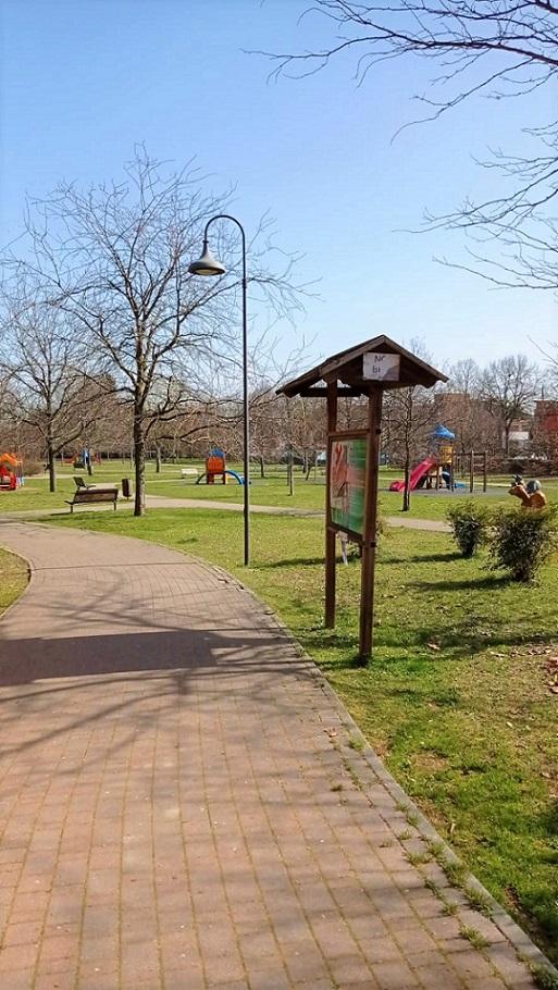Vialetto Ingresso Laterale Parco