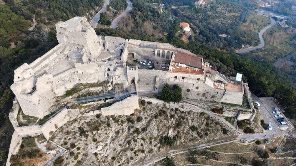 Castello Arechi di Salerno dall'alto