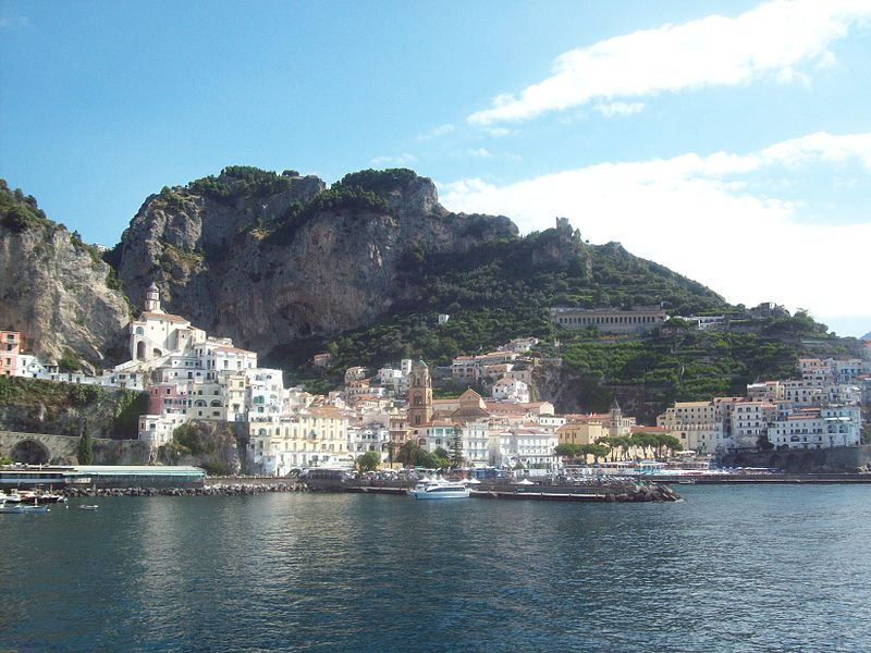 Costiera Amalfitana - Amalfi (foto tratta da wikipedia)