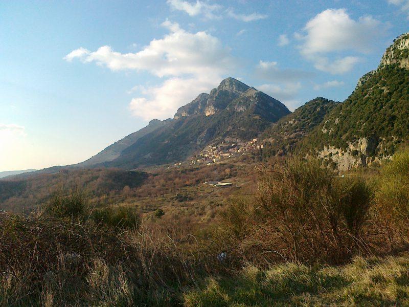 Monti del Cilento – Monte Chianiello (foto tratta da wikipedia)