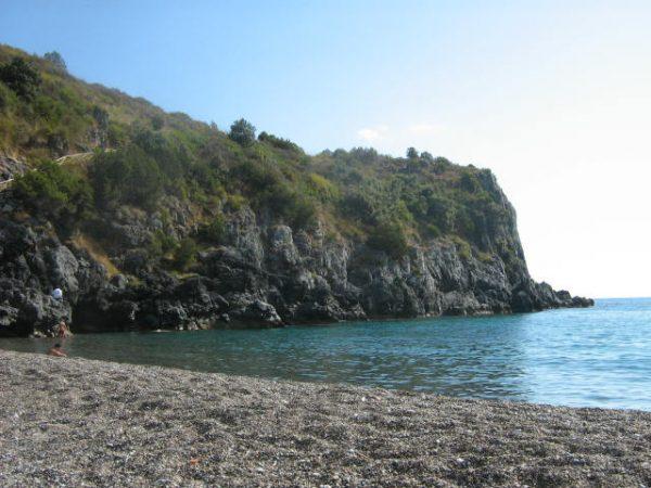 Costa del Cilento - Marina di Cameorta (foto wikipedia)