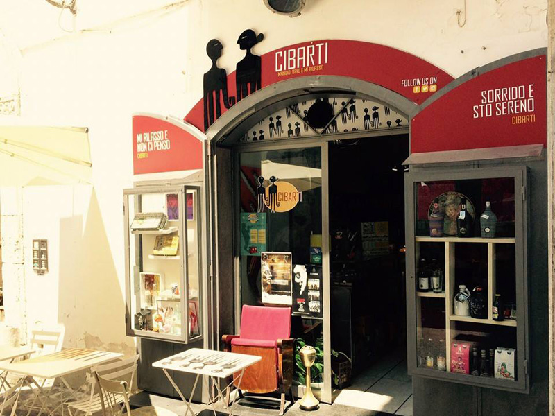Spirits - Il locale Cibarti in Via Mercanti