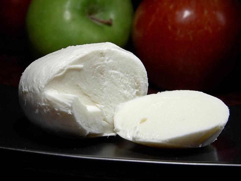 Tenuta Vannulo - un piatto di mozzarella