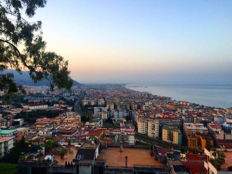 Vista del quartiere di Salerno dal Colle Bellara
