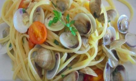Un primo piatto: Linguine Lupini E Pomodorini