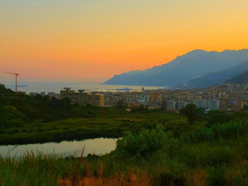 Lago Di Brignano E La Città