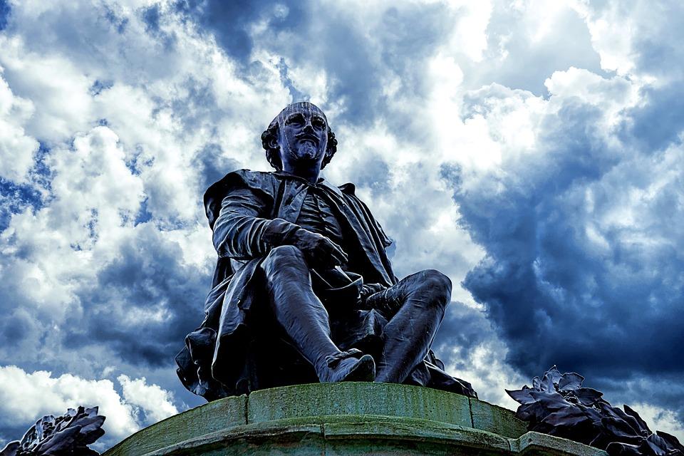 Masuccio Salernitano - Statua di Shakespeare