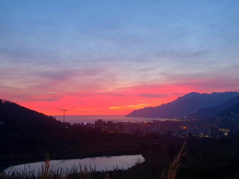 Tramonto Al Lago Di Salerno