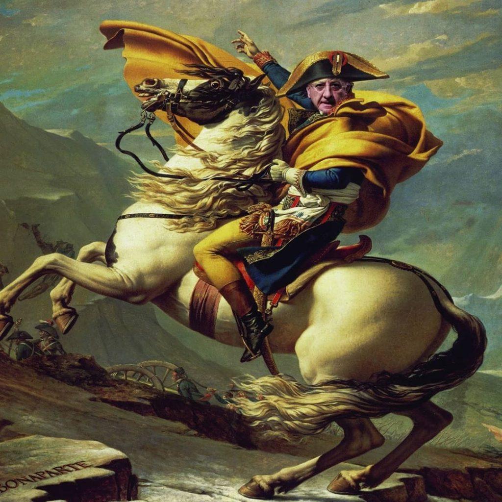 La faccia di Vincenzo de luca al posto di quella di Napoleone