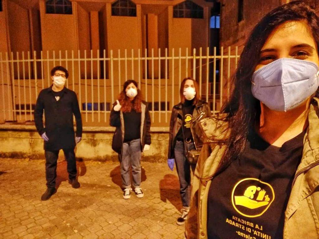 La Brigata: volontari in azione per le strade
