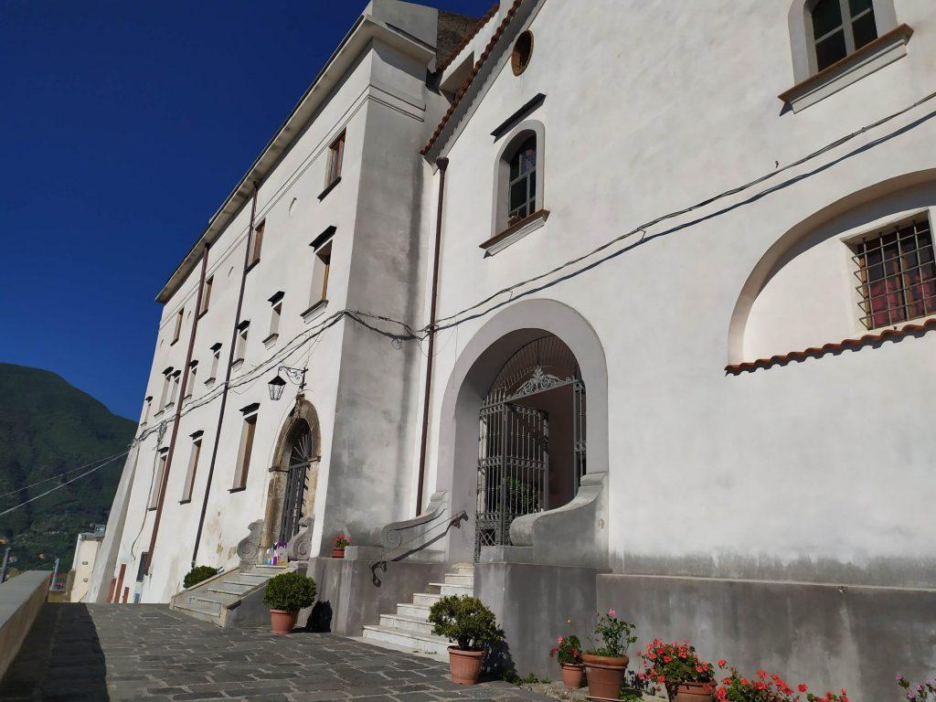 Convento Di Santandrea Entrata Della Chiesa