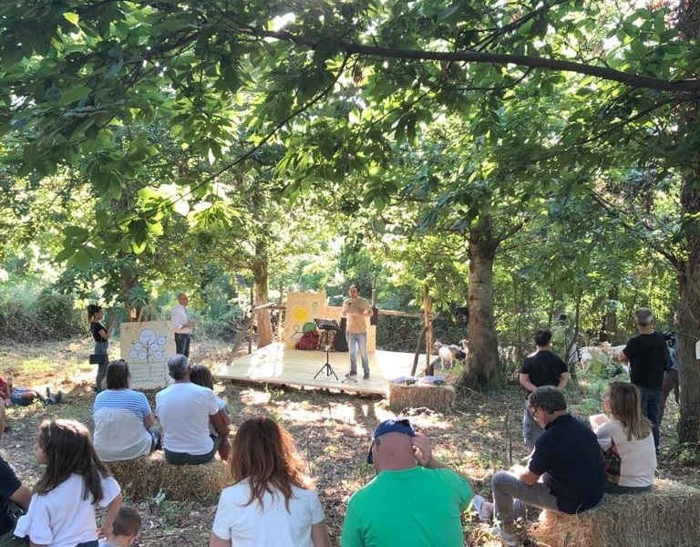 Amalfi Coasts Lands Teatro Naturale