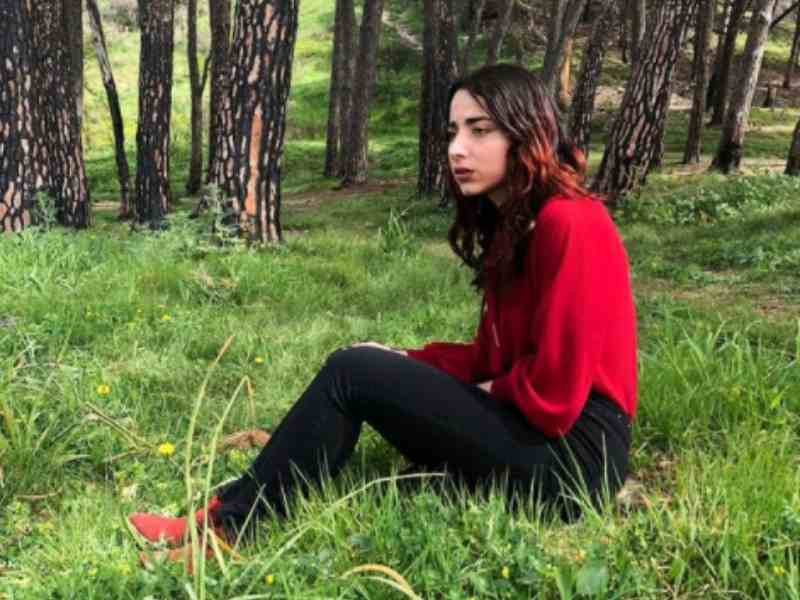 Anita Galdieri Nel Videoclip Ufficiale Vump