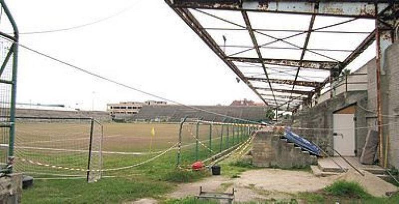 Lo Stadio Ballarin In Abbandono