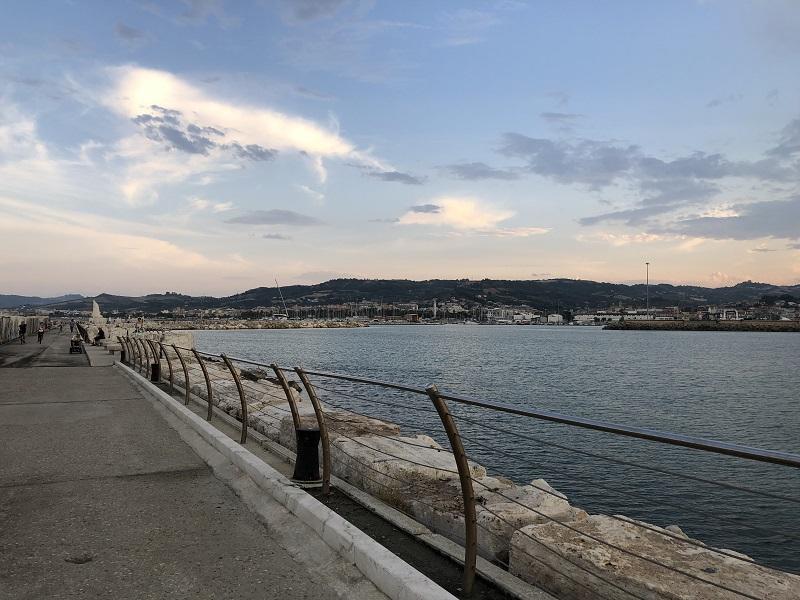 Molo Sud E Il Porto 1