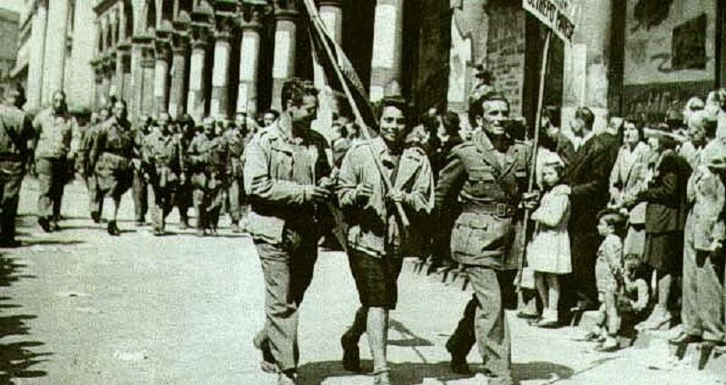 25 Aprile Partigiani Sfilano