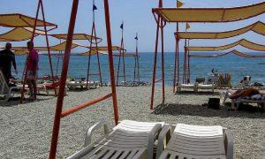 plexiglass in spiaggia