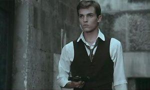 Miguel Bosé In Una Scena Del Film