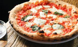 Pizza A Toronto - una pizza margherita