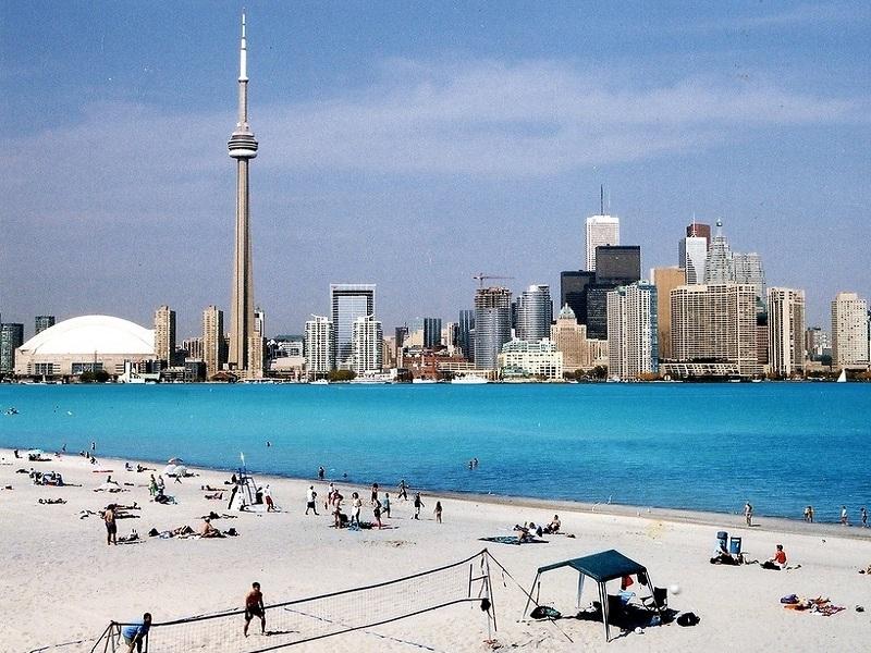 Toronto Islands. Una spaggia delle isole.