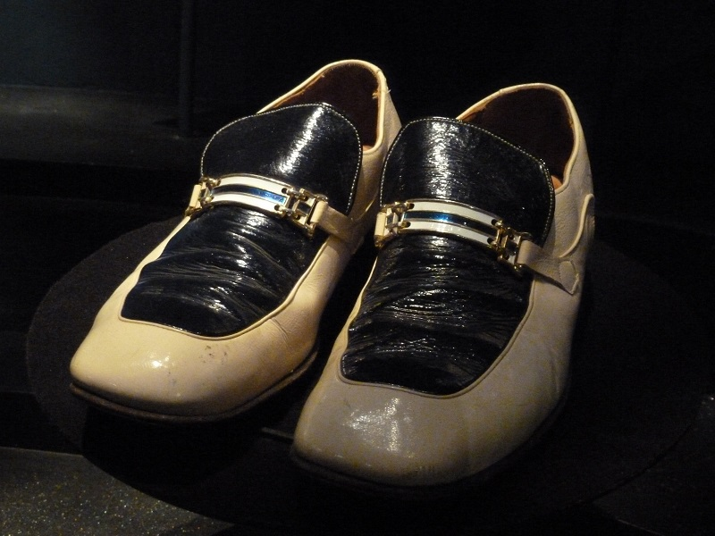 bata shoe museum - le Scarpe Di Elvis