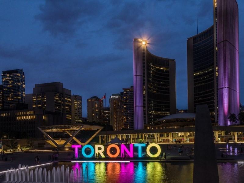 Toronto veste il tricolore