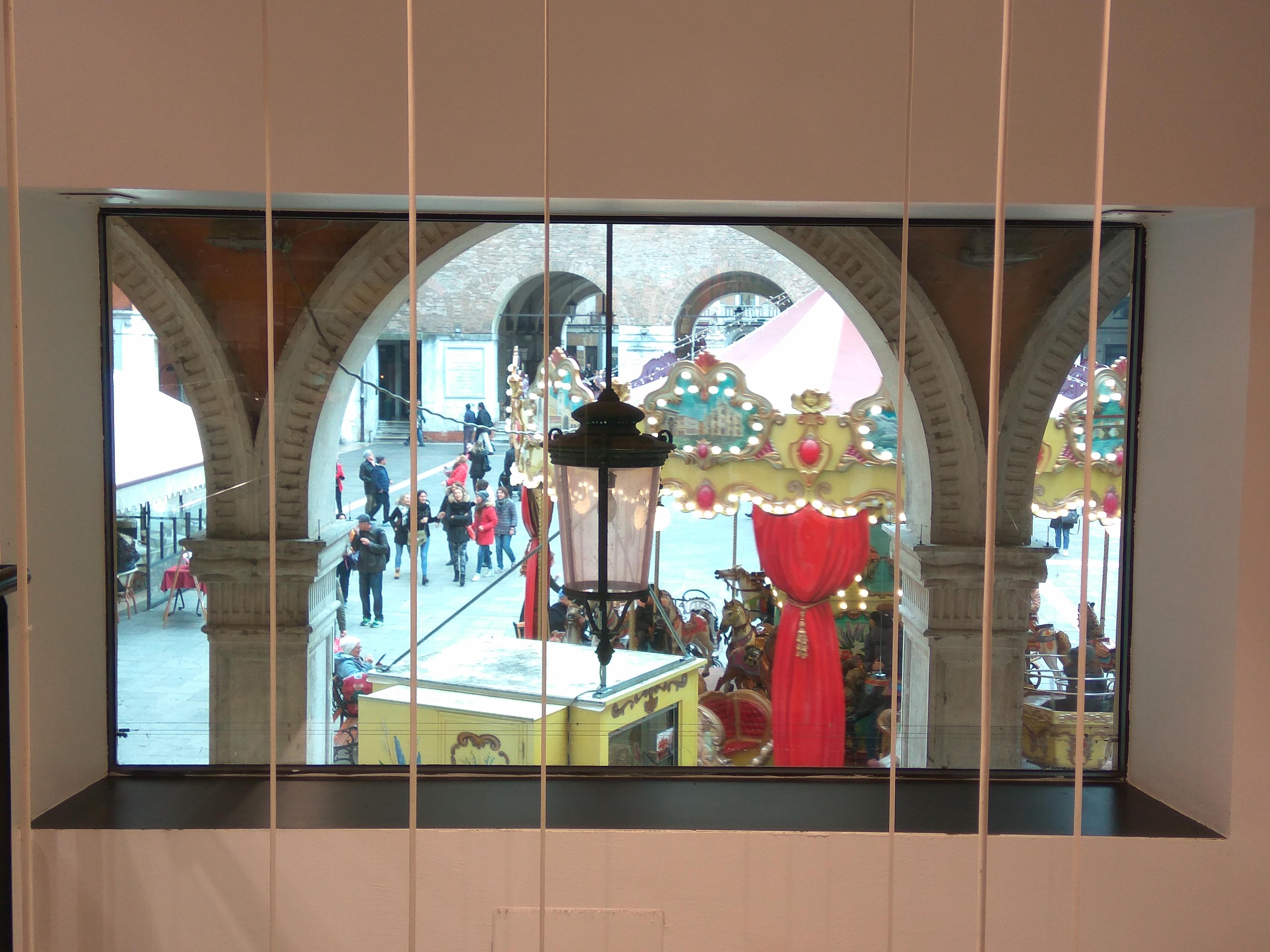 Piazza dei Signori treviso - vetrina di un negozio