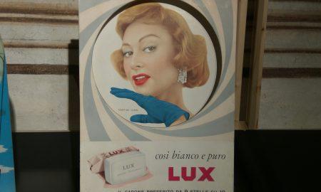 Un manifesto della Lux