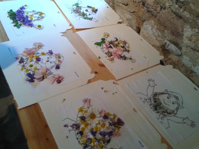 Laboratorio di Artestoria disegno fiori