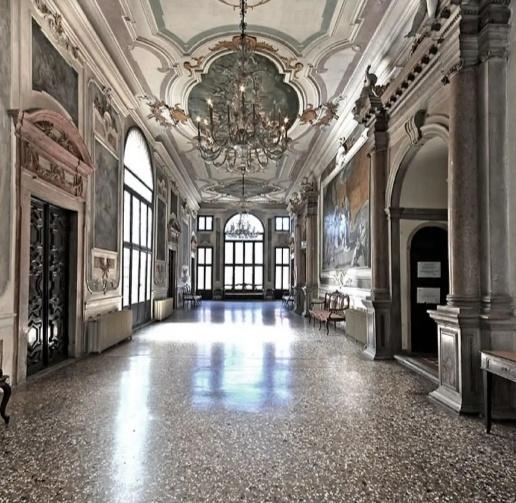 Uns sala del conservatorio Marcello