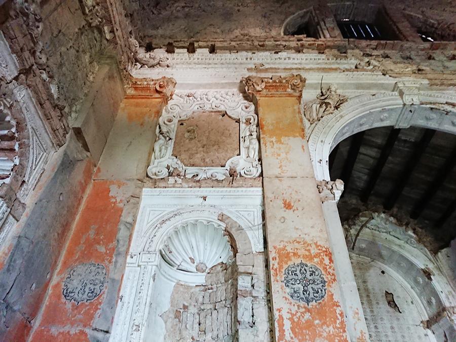 Castello San Salvatore_interno chiesa diroccata