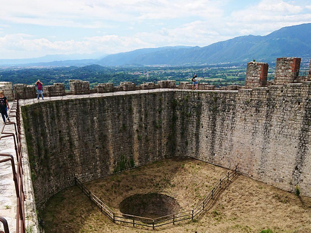 Interno Rocca Di Asolo